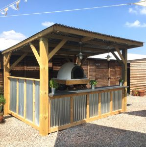 Cott Farm's Outdoor kitchen with pizza oven