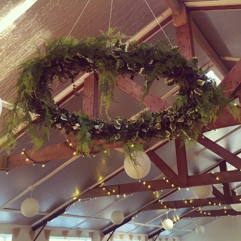 Foliage hanging hoop